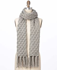 Fringed Chunky Scarf   Ann Taylor {sold out}. LOVE this! I'm going to try to copy it for a scarf I'm making now.
