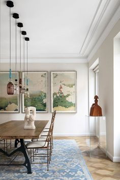 〚 Contemporary design and art breathed new life into this historic Madrid apartment 〛 ◾ Photos ◾ Ideas ◾ Design #livingroom #interiordesign #Homedecor #ideas #inspiration #tips #cozy #living #style #space