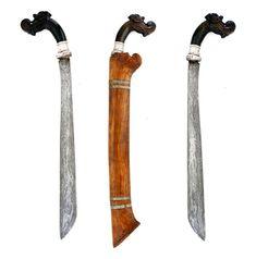 Magnificent and rare short sword, kelewang, keris, from Sumbawa Indonesia Damascus Sword, Arm Armor, Weapons, Traditional, Knives, Blade, Asian, Ebay, Guns
