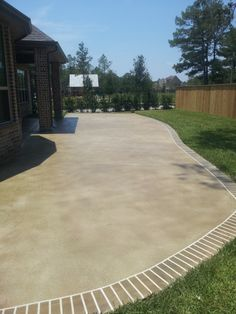 Patio Overlay With Brick Pattern   The Woodlands, Tx   Decorative Concrete  Kingdom