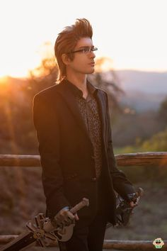 Ignis Scientia from Final Fantasy XV Cosplayer Alexander Drake Cosplay Photographer Muffin Geek Production #finalfantasyXV #cosplayclass #cosplay