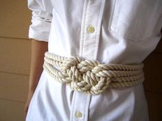 cool belt. would be so cute with blue - great for a nautical themed outfit