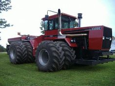 Case International 9190. Now that's a nice tractor!!