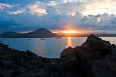 One of the most breathtaking places on our planet - the Galapagos Islands. Galopagos Islands, Dream Vacations, South America, Habitats, Underwater, Cool Photos, Beautiful Places, Sunset, Landscape