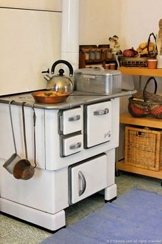 Cucina a Legna Royal Modello 1950 | Stufe e cucine a legna ...