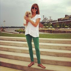 white tee, green jeans, brown sandals