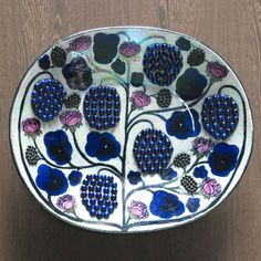 View this item and discover similar for sale at - Birger Kaipiainen Finland) for Arabia Finland. Condition good some craquele in the glazure. Ceramic Tableware, Porcelain Ceramics, Ceramic Bowls, Modern Candle Holders, Ceramic Flower Pots, Modern Ceramics, Ceramic Artists, Earthenware, Lassi