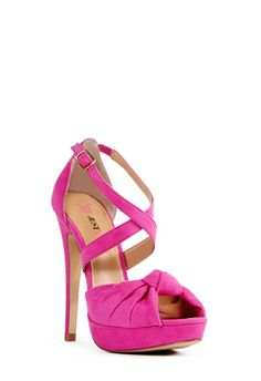 These shoes are so pretty!!