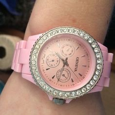 Pink watch Needs a new battery. Adjusts to fit Accessories Watches
