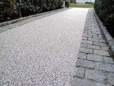 13 Elegant and Awe-Inspiring Driveway Paving Ideas #smalldrivewaypavingideas