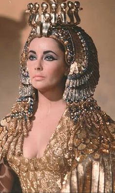 Fashion's Most Wanted: Elizabeth Taylor as Cleopatra