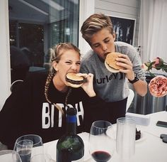 Imagen de couple, love, and goals love, couple, and kiss best boy- hug - love -girlfriend- amazing- hair - just friends- perfect - cute - summerlove - perfect couple - house- selfie- girl - boy -picture -smile -friends- party- home- babe -food- hair- blonde