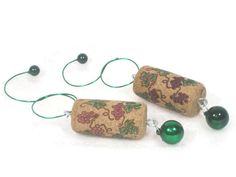 Hey, I found this really awesome Etsy listing at https://www.etsy.com/listing/206888514/wine-cork-christmas-ornaments-cork