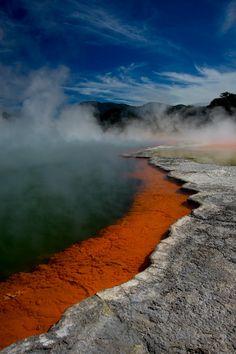 champagne pools of the Rotorua thermal wonderland