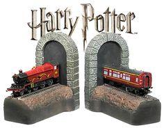 Harry-Potter-Hogwarts-Express-Bookends