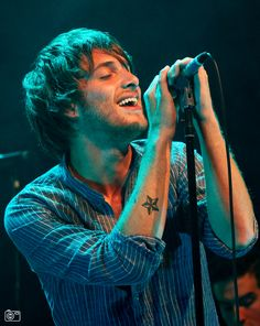Paolo Nutini. These Streets Tour. I met him after a Celtic match in a chippie and we got talking about the score, he sang to me too andI told him he had a Jamaican rasp to his voice. I told him I also liked Roma and he liked Juve as well as Celtic after he explained his name was Italian. Next thing I heard him on the radio...I didnt get his autograph that time but I met him again and got it in Inverness, said he remembered me too. Wonderful guy!
