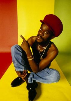 "Dennis Brown - Jamaican reggae star whom Bob Marley said was the best singer. Known as the ""Crown Prince of Reggae. Reggae Rasta, Reggae Music, Dub Music, Rasta Art, Black Music Artists, Dennis Brown, Soca Music, Jah Rastafari, Reggae Artists"