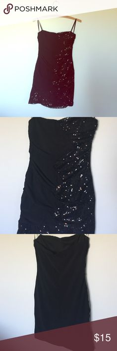 Black Bodycon dress Small Black sequin holiday/hoco dress size small Dresses Strapless