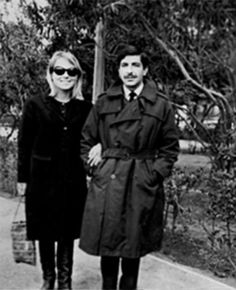 Hear Leonard Cohen And Marianne Ihlen Talk About Their Life Together RIP Marianne. http://cohencentric.com/2016/07/30/hear-leonard-cohen-marianne-ihlen-talk-life-together/