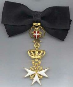 Miniature Cross of a Donat (female) of Devotion. #OrderofMalta #SMOM