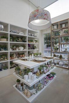 Boutique Interior, Moldings, Front Design, Visual Merchandising, Boutiques, House, Home Decor, Shop Ideas, Decorating Ideas