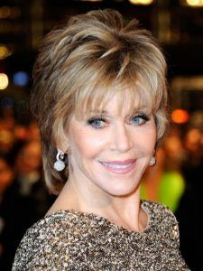 60 Popular Haircuts & Hairstyles For Women Over 60 - Hairstyles & Haircuts for Men & Women Jane Fonda Hairstyles, Over 60 Hairstyles, Short Hairstyles For Women, Hairstyles Haircuts, Cool Hairstyles, Short Haircuts, Black Hairstyles, Highlighted Hairstyles, Wedding Hairstyles
