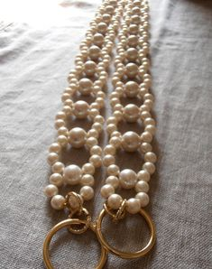 PAIR of decorative tie backs with faux pearls, set of 2 curtain holders, drapery holders Wire Jewelry, Beaded Jewelry, Unique Jewelry, Rideaux Design, Curtain Holder, Diy Curtains, Pearl Set, Beaded Bags, Belts For Women