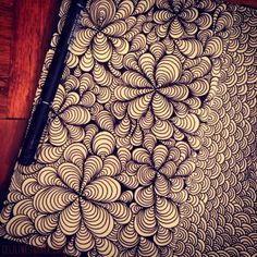 ÇİÇEKLER #zentangle #doodle #drawing #moleskine #posca #illustration # siyah amp, beyaz #bw # B ve W #sketchbook #sketches #sketching #notebook