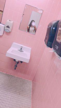 pink bathroom, CSU
