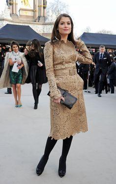 Alinne Moraes - Les stars se sont bousculées pour assister au défilé Burberry lors de la Fashion Week londonienne.    http://femina.ch/galeries/mes-people/les-stars-se-bousculent-au-defile-burberry    (CP: Burberry)