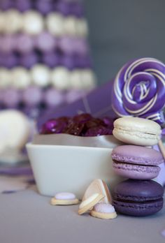 16 Pictures of Macarons With a Vintage Feel