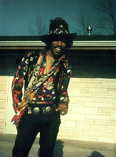Hendrix, style icon, power clasher