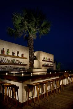Thompson Beverly Hills outdoor bar