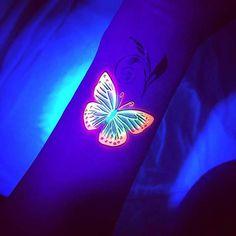 23 Trendy and Unique UV Tattoo Ideas for Women Tribal Butterfly Tattoo, Butterfly Tattoo Designs, Heart Tattoo Designs, Tattoo Sleeve Designs, Tattoo Designs For Women, Uv Tattoo, Dark Tattoo, Hand Tattoos, Rib Tattoos