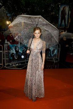 Young Emma Watson (1333×2000)