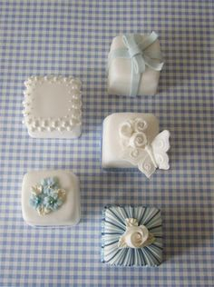 Blue Gingham Miniature Cakes