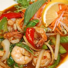 Spicy Basil Shrimp from Mai Thai Restaurant in Fountain Valley #Food #Shrimp forked.com