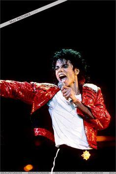Michael live❤️