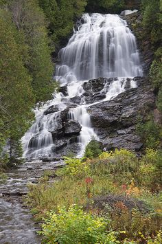 Beaver Brook Falls - Pittsburg, New Hampshire. I hiked this waterfall Beautiful Places To Visit, Beautiful World, Places To See, Beautiful Waterfalls, Beautiful Landscapes, Nature Photos, Amazing Nature, Travel Usa, National Parks