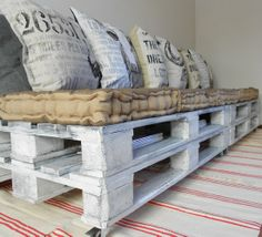 Pallet couch / sofa