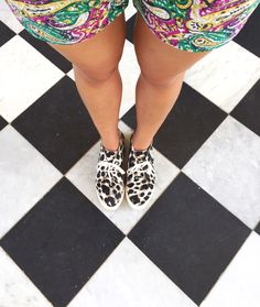 Leopard Nine West sneakers   La Vie de Villa #fashion #streetstyle #blogger