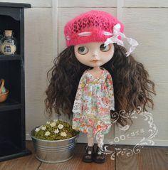 Knitting/Crochet lace beret hat  hot pink