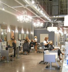 oh my gosh this salon is amazing! if i were to open my own salon i would want it to look like this!