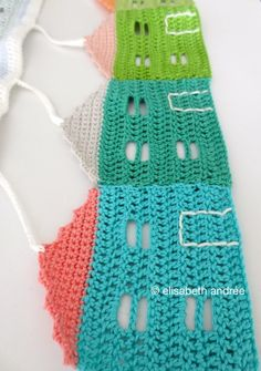 Crochet burano houses garland, free pattern by elisabeth andrée. Love!