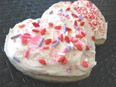 The BEST sugar cookies I have ever tried. Seriously. Make these... I'll have to try them then!