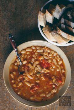 #Vegan Fagioli All'Uccelletta (Tuscan White Bean + Tomato Stew) | vegan miam