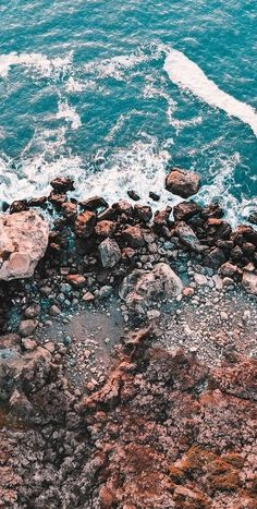25 Aesthetic Ocean Wallpapers For iPhone (Free Download!)
