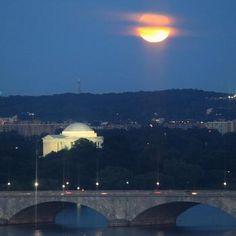 Super Moon Lights Up Skies Over D.C.: DCist