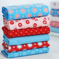 Fat quarter fabric bundle - turquoise red white - flowers circles solids - 100% cotton - patchwork quilt doll toy cushion bunting craft