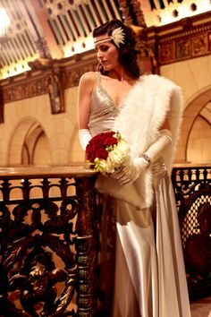 Old Hollywood vintage glamour wedding gown.   Styled shoot by www.EnamorEvents.com